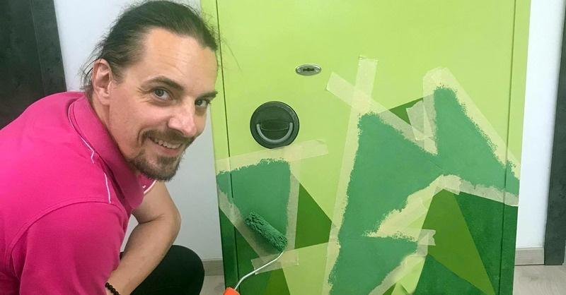 A zöld mackó, avagy kreatív páncélszekrényfestés